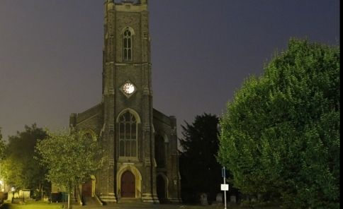 A glorious evening shot of St Nicholas Church, #Tooting. By @ale_mm86 (Ale Martinez) via Instagram.