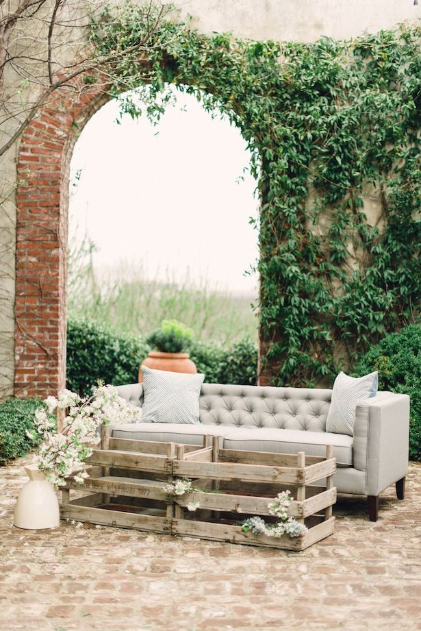 Inspiration Shoot:  Les Cometes and Rustic White Photography