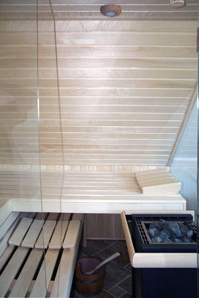Sauna unter einer Dachschräge Apart-Sauna - Ihre individuell
