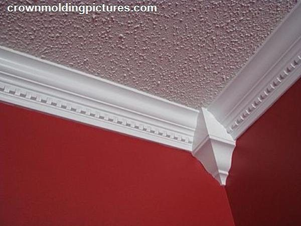Tips On Installing Crown Molding On Popcorn Ceilings Ehow Moldings And Trim Crown Molding Molding Installation