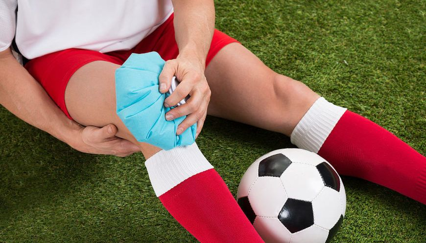 Common Sports Injuries Home remedies for bruises, Hand