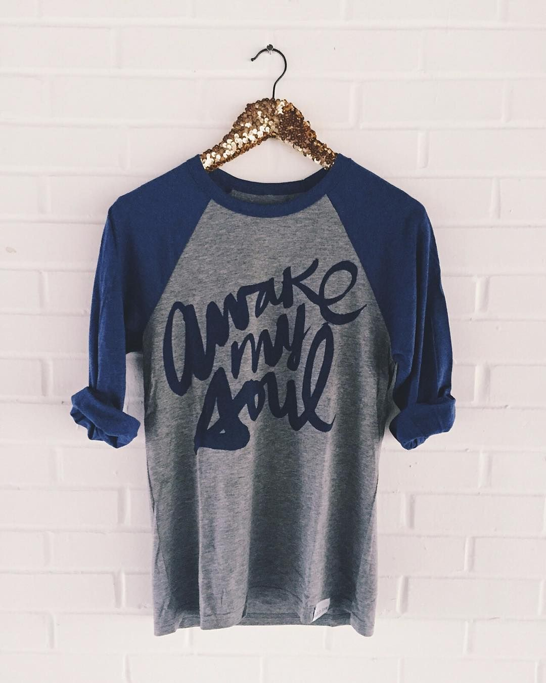 Baseballs tees are literally one of our favorite parts of fall. :) #walkinlove