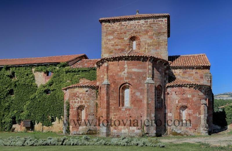 Monasterio De Santa María De Mave Municipio De Aguilar De Campoo Provincia De Palencia Fotos De Cast Monasterios Arquitectura Eclesiástica Iglesia Románica