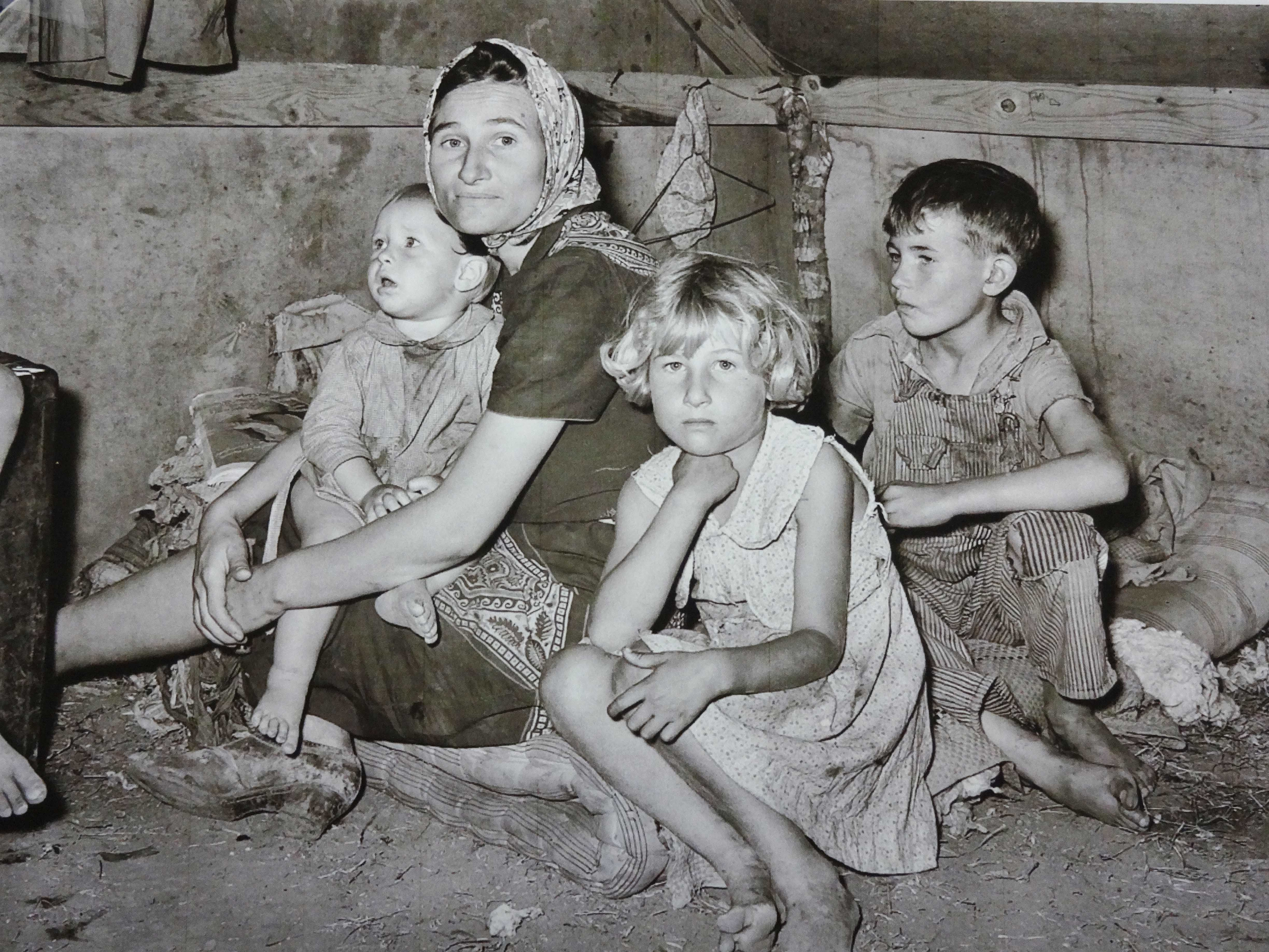 25+ Great Ideas About Dust Bowl On Pinterest  Great Depression Years, Great  Depression Photos And Dorothea Lange