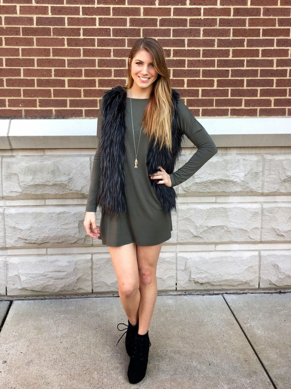 Olivia Shea Style My New Online Shopping Obsession Fur Vest Outfits Vest Outfits Fashion