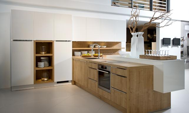 Epic Pendant range hood Kvik Mano Kitchen Pinterest Ranges Kitchens and Kitchen design