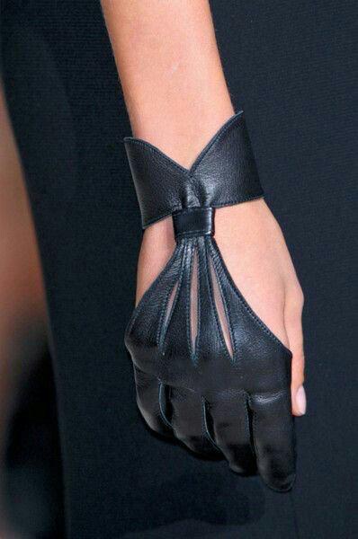 de cuir noir ▲ black leather gloves gant allure style fashion mood mode #gloves
