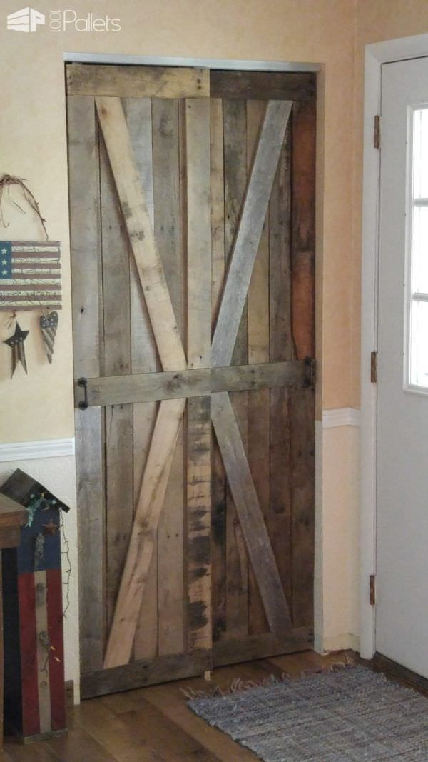 Rustic Sliding Pallet Closet Door Set I Came Up With This Unique Idea To Make The Project Used About Three Pallets