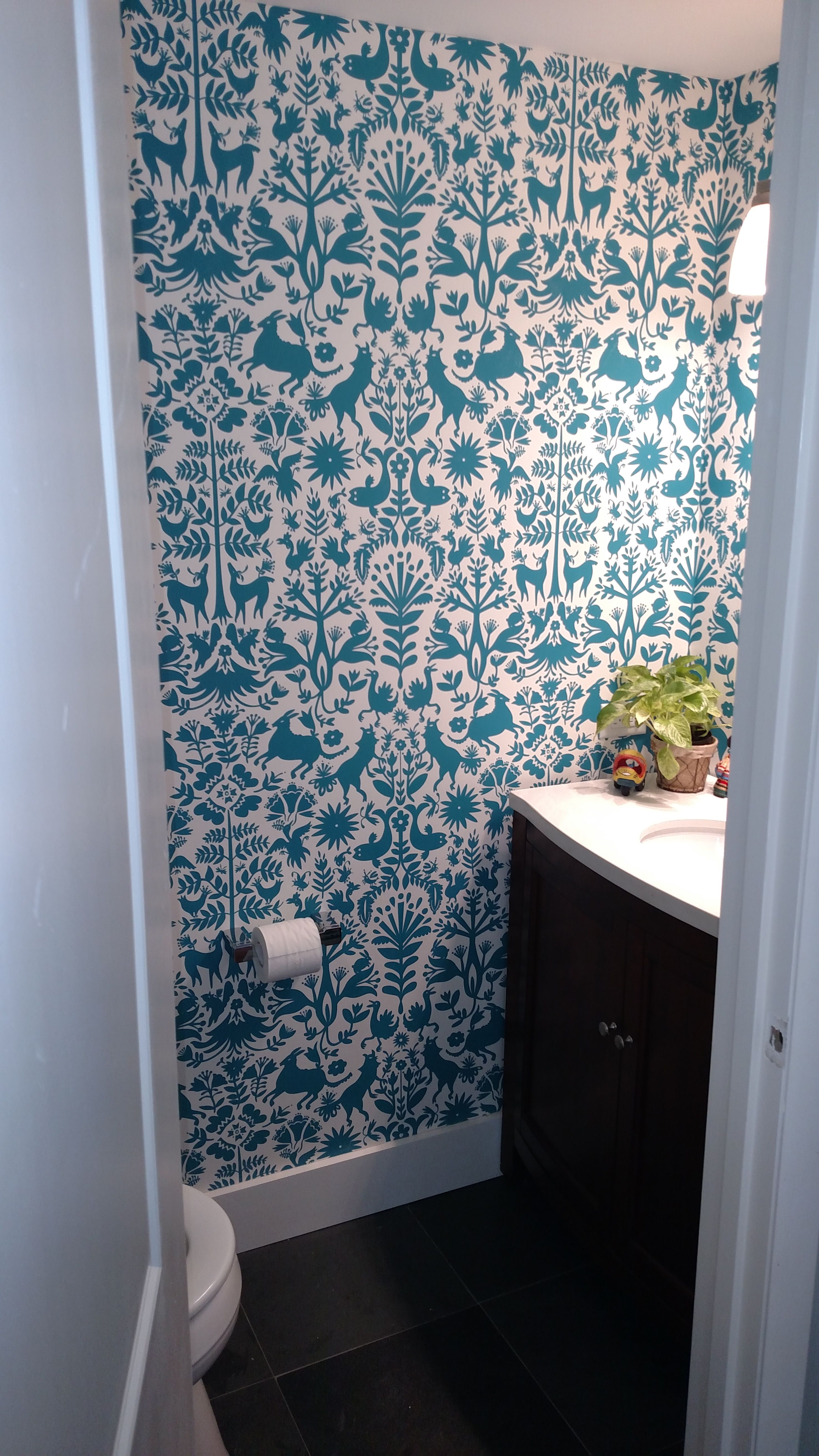 Hygge & West wallpaper Otomi pattern, turquoise color #howihygge ...