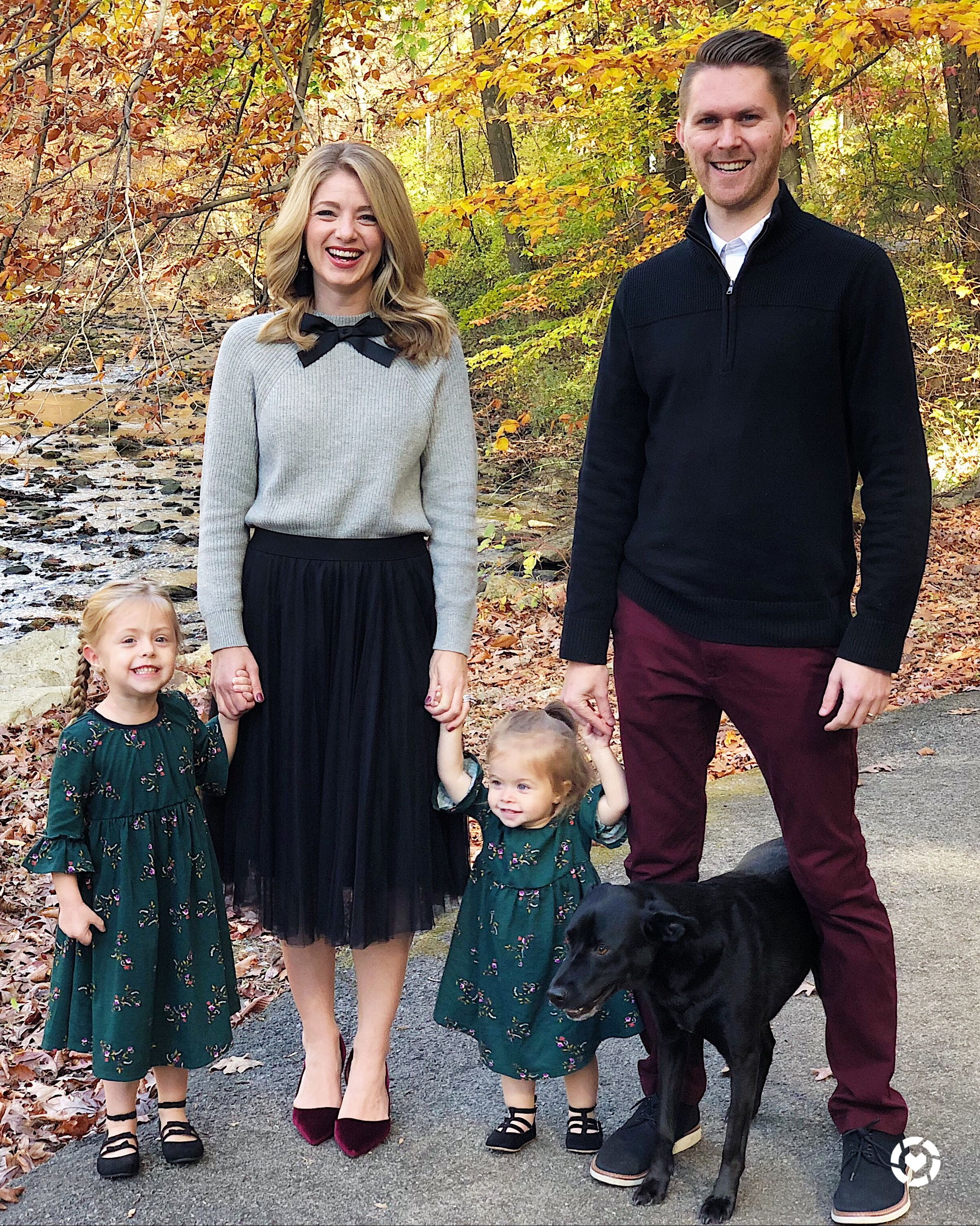 503671a61dd7 Christmas card outfit ideas featuring outfits from Old Navy