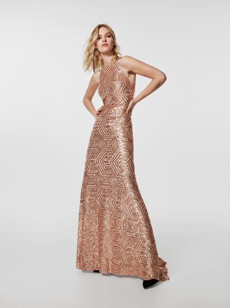 Robes de soirée Pronovias 2018  les plus belles tendances pour invitée !
