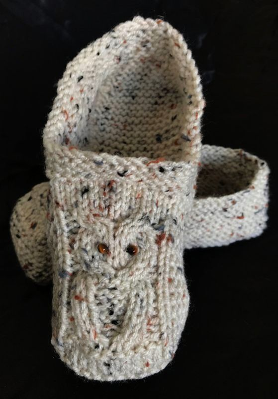 owl slippers pattern saved in ravelry library and downloaded on phone  Knitted owl slippers pattern saved in ravelry library and downloaded on phone Knitted owl slippers...