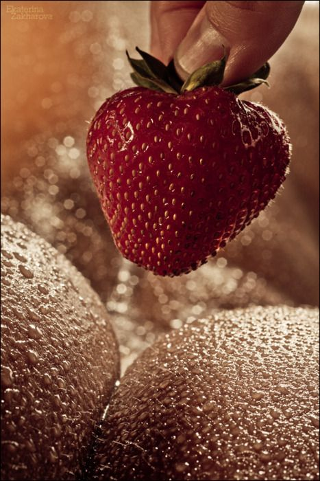 Pin On Sexy Strawberries-2661