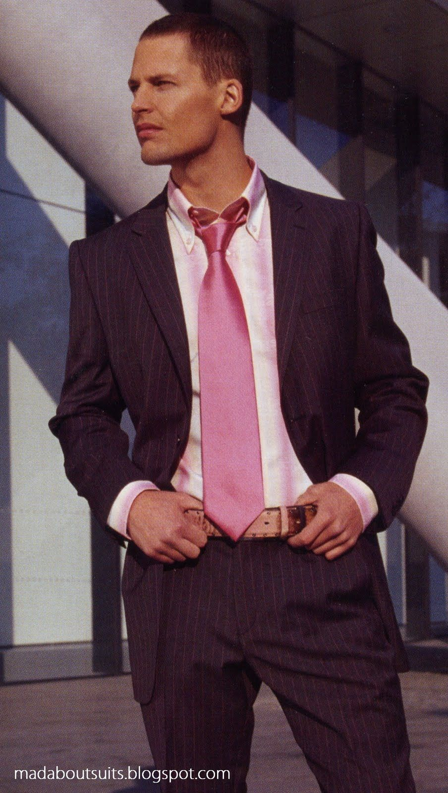 6f3203d4 Brown Suit, Pink Tie | Mad About Suits? | Guys in Pink Ties | Pink ...