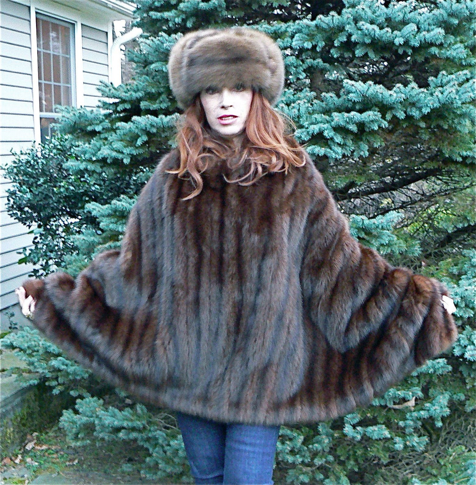GASP***ZANDRA RHODES CHESTNUT SABLE FUR PONCHO HUGE WRAP CAPE COAT ... for Sable Fur Cape  70ref