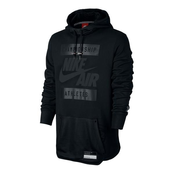 The Men S Nike Air Hoodie Delivers A Modern B Ball Look With Old School Roots It Mixes Matte And Shiny French Terry Camisas Masculinas Roupas Estilosas Roupas