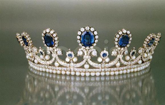 تيجان ملكية  امبراطورية فاخرة 11f9deb14ab8243811dee95e0af9e588