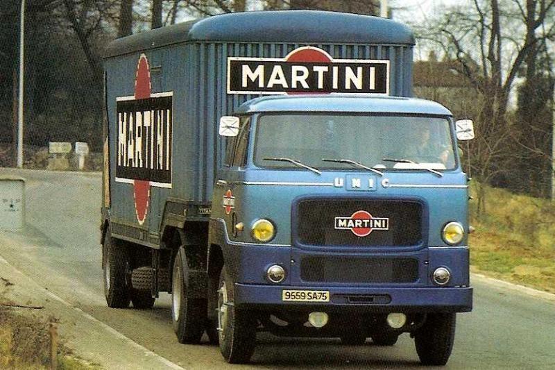 Epingle Par Pierre Sur Mercedes Benz Vieux Camions Vehicule Commercial Camions Vintage