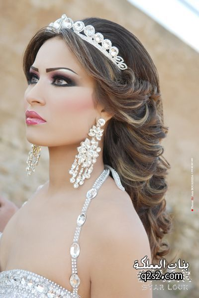 Stunning Hairstyle And Makeup For Weddings Photos - Styles & Ideas ...