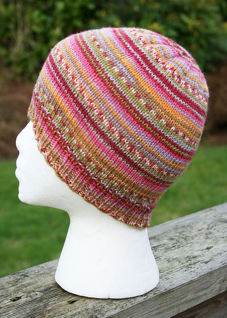 ADRIAFIL KNITCOL Ravelry  Project Gallery for Child s Self-striping Hat  pattern by Janet D. Russell 186faeeb67d