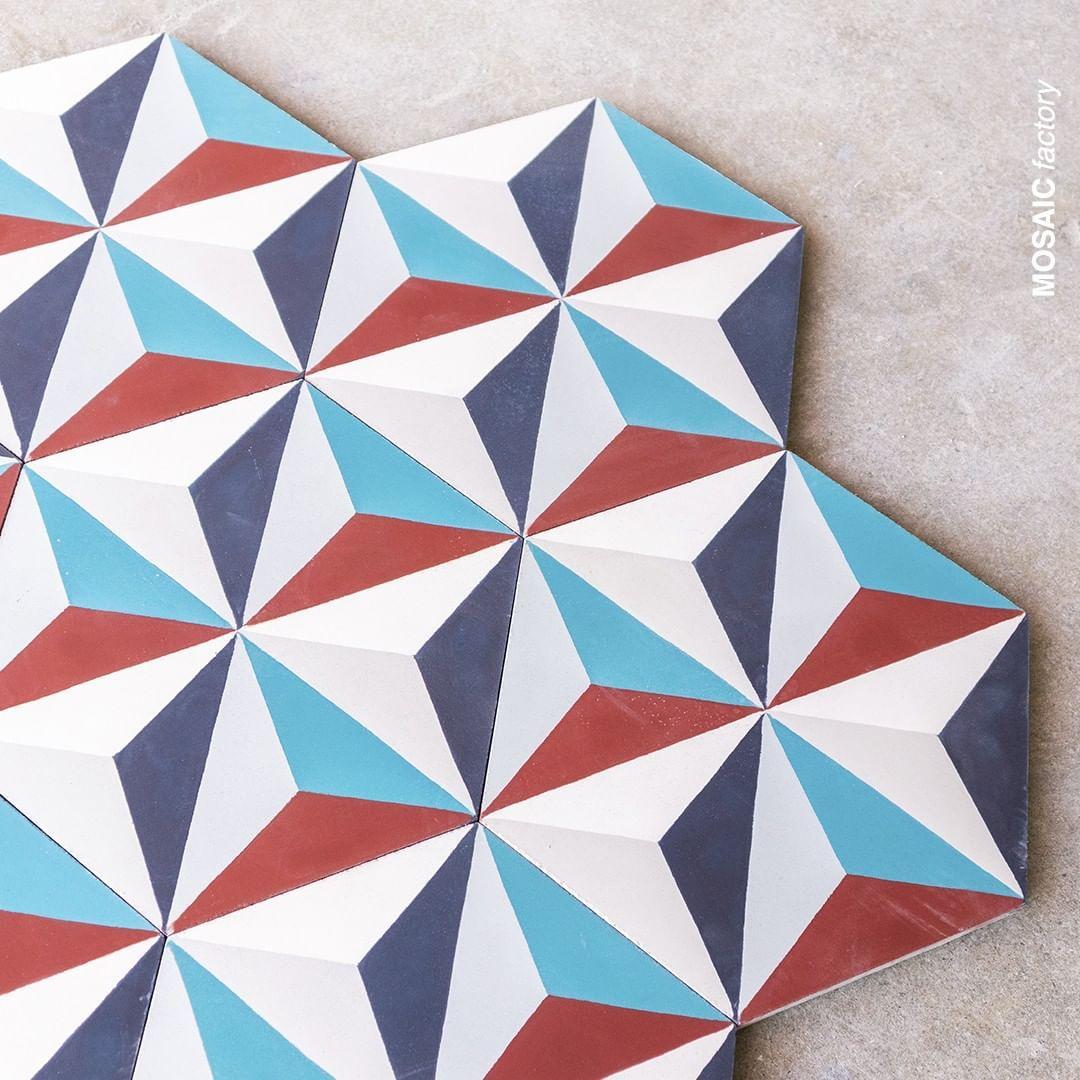 "Mosaic del Sur on Instagram: ""Using the hexagonal shape of ..."
