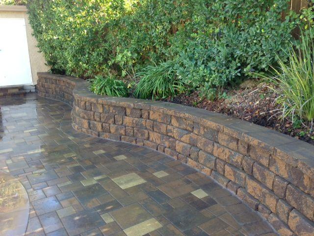 retaining wall blocks system