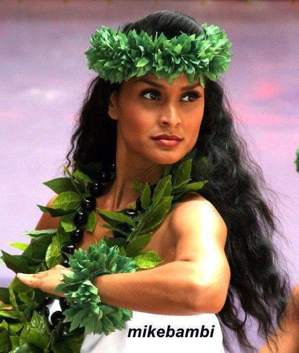 Pictures of hawaiian women