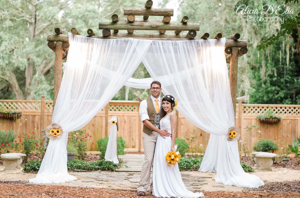Photos Harmony Gardens Deleon Springs Wedding Locations Outdoor Florida Wedding Locations Outdoor Wedding Reception Tent