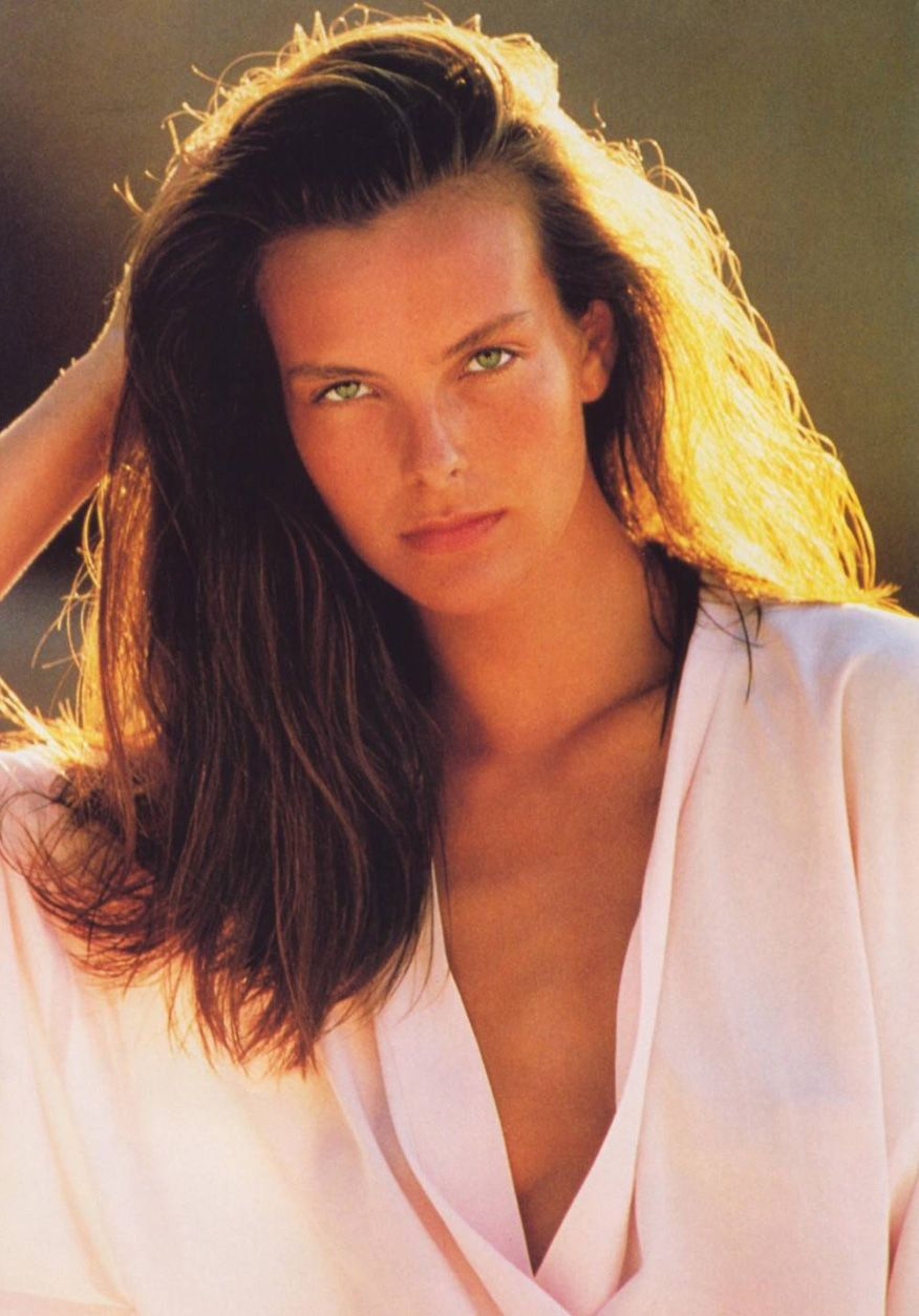 Picture of Carole Bouquet   beauty 3 Brown hair   Pinterest 2ace8eeaca0a