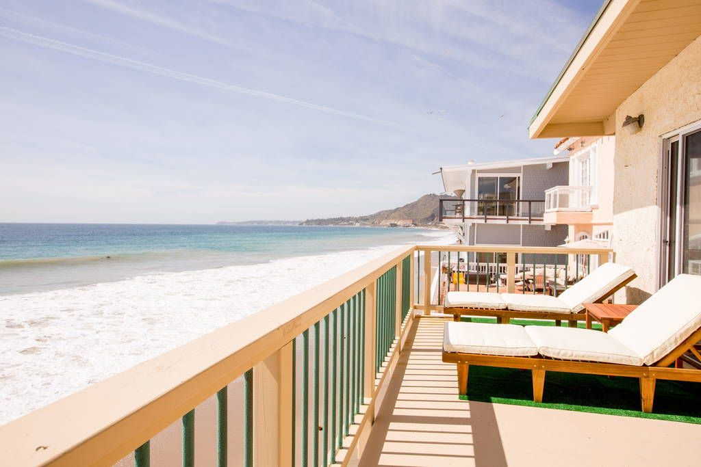 Malibu Road Oceanfront 2 Bed 2 Bath Townhouses for Rent