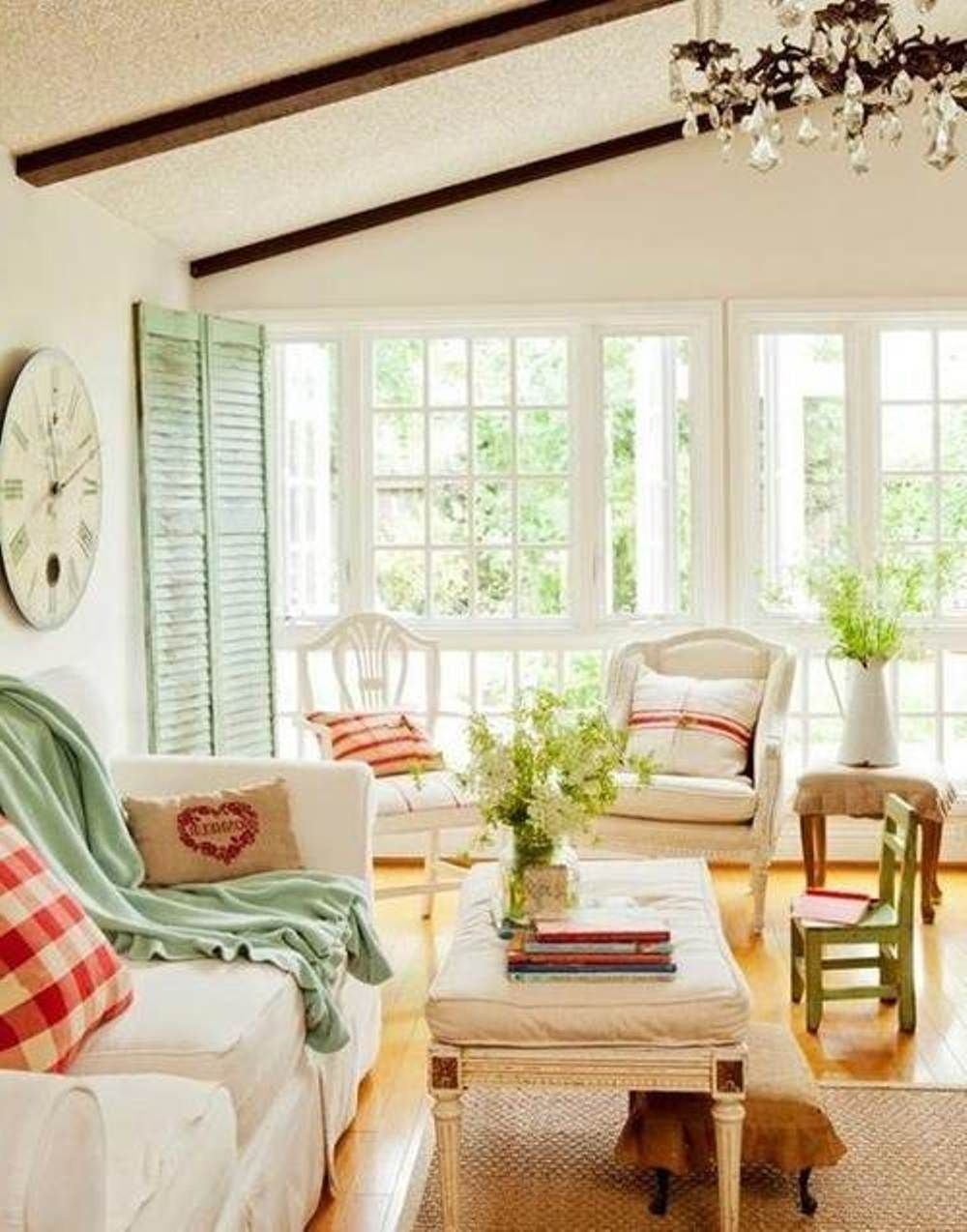 Classic light filled cottage style living rooms better Better homes and gardens landscape lighting