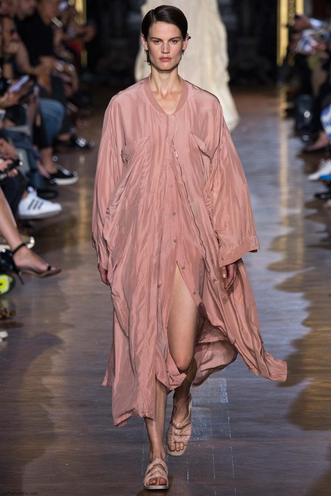 Stella McCartney SpringSummer 2015 Collection – Paris Fashion Week recommend