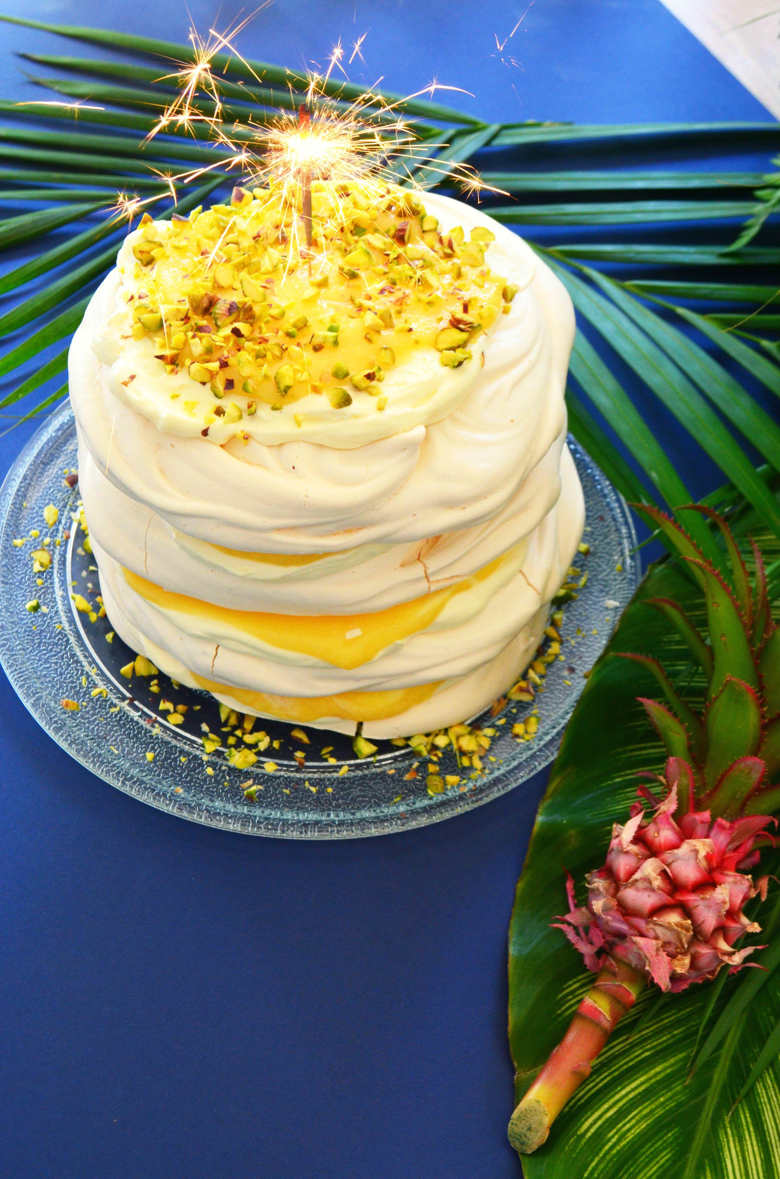 Piña Colada Pavlova Pavlova, Pina colada, Cocktail desserts
