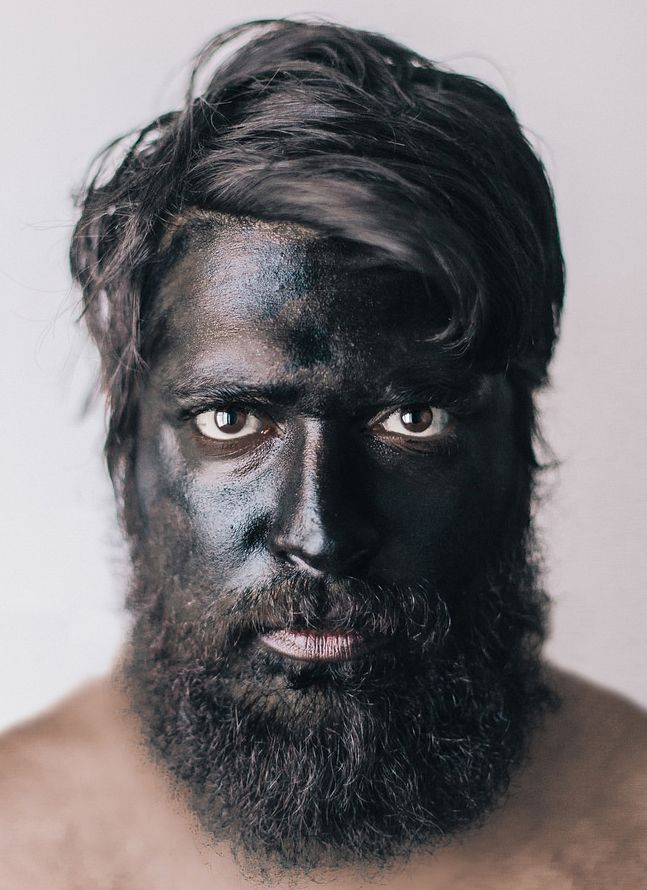 Photographer Lee Jeffries Striking Portraits Will Change: Pin By Yul Ivanchey On Black