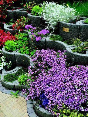 Pflanzringe-beton-setzen-gartengestaltung-üppige-begrünung ... Pflanzringe Beton Setzen Gartengestaltung
