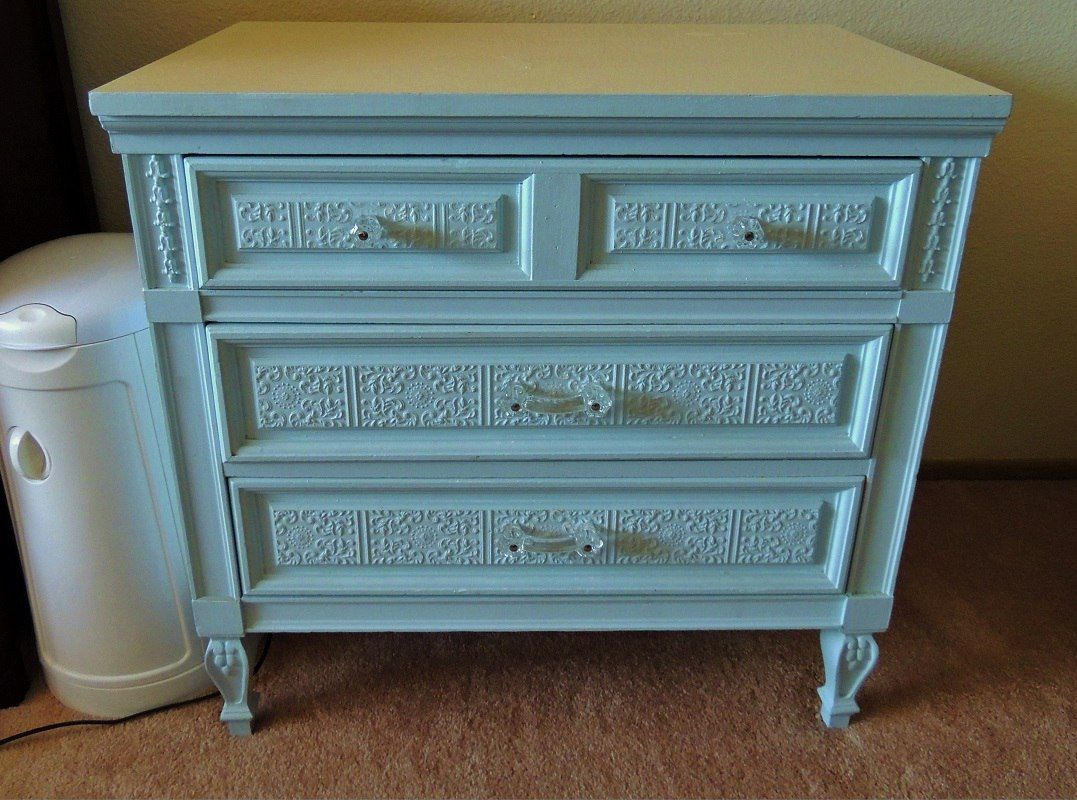 Easy Diy Directions On Using Anaglypta Paintable Wallpaper To Upcycle A Vintage Dresser Anaglypta Wallpaper Wallpaper Furniture Decoupage Furniture