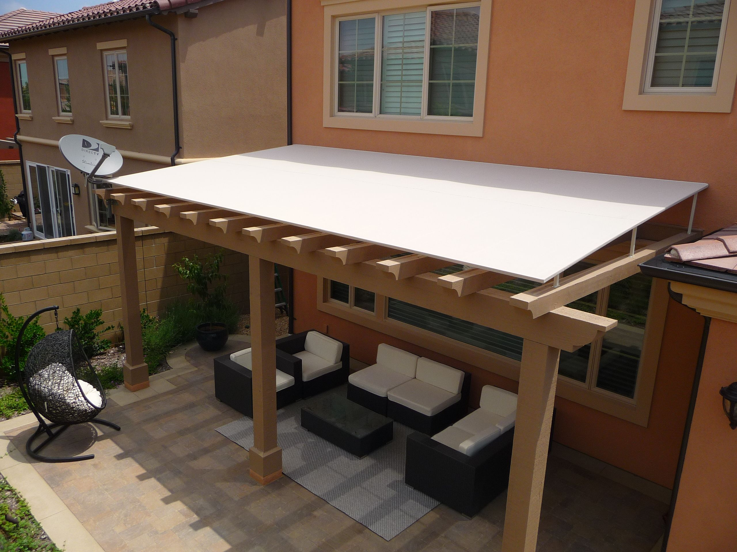 Sophisticated wood trellis pergola roofing with wood for Exterior garden designs