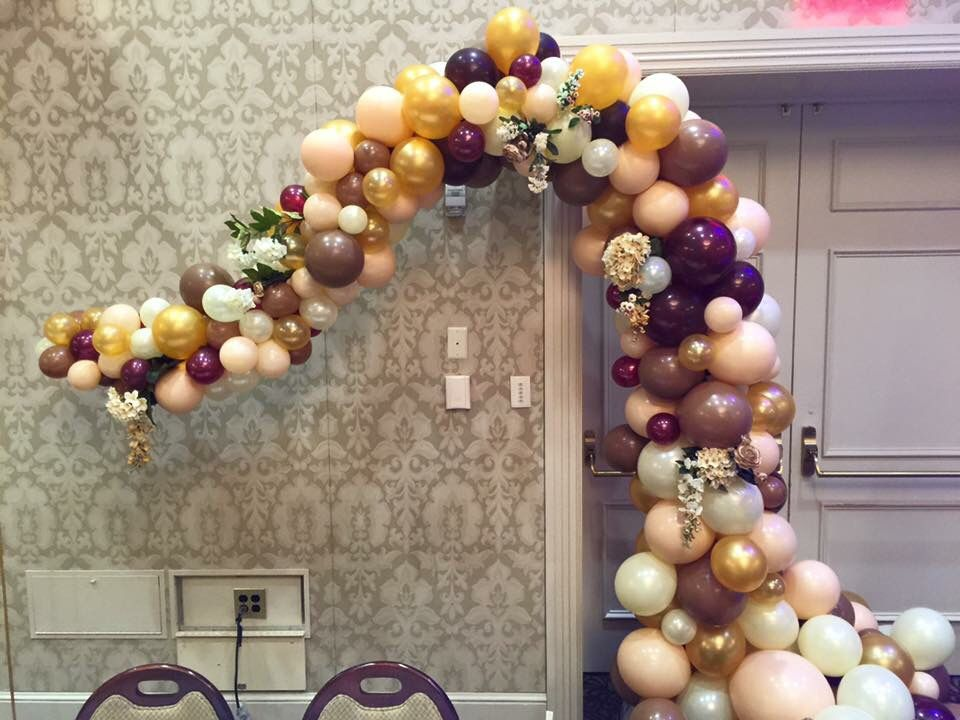 Balloon party Flowing half arch Flowing