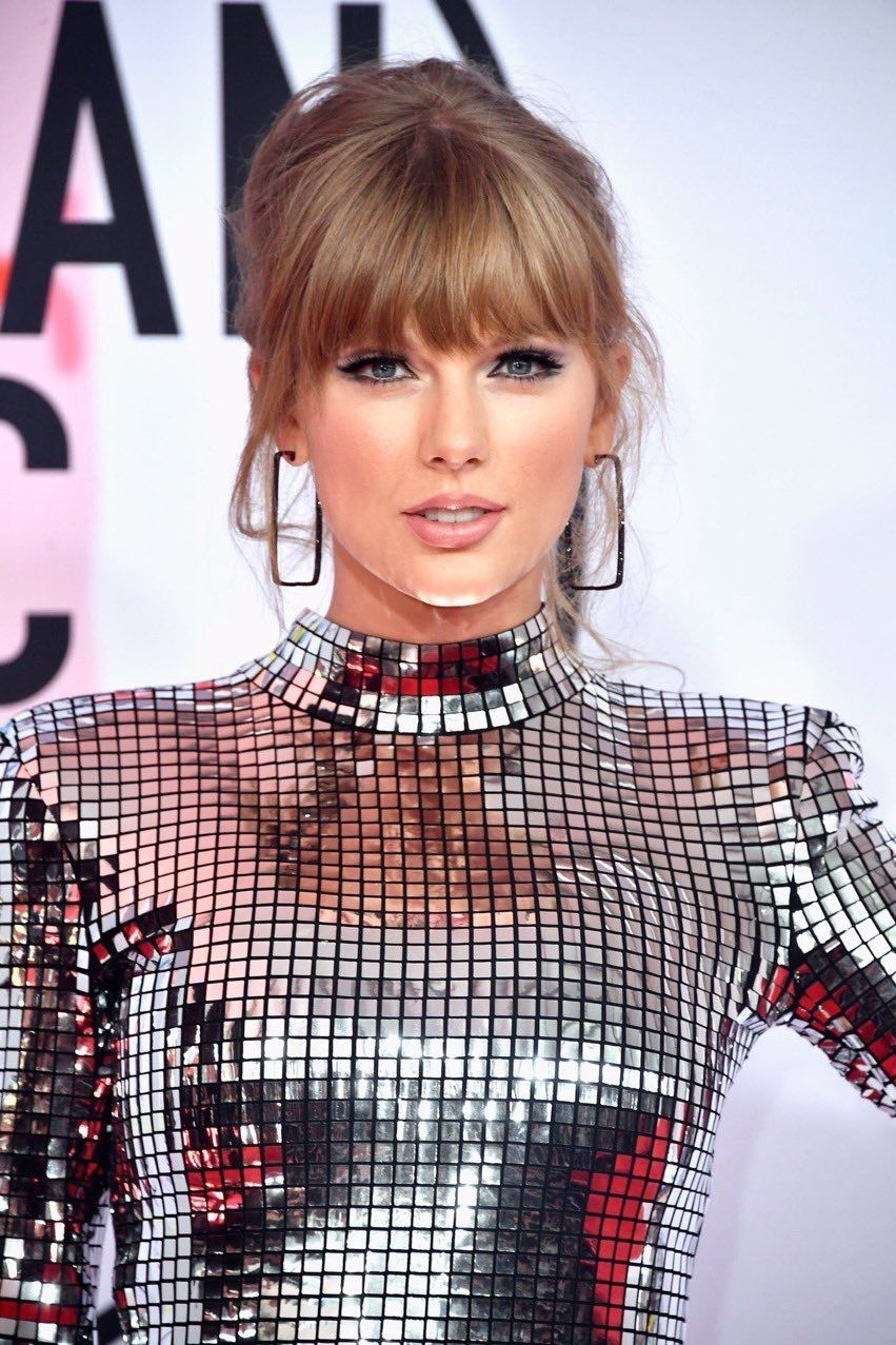 975b5861 Taylor Swift💖💫💖@Reputation AMA's 2018 | Taylor Swift⭐13⭐ in ...