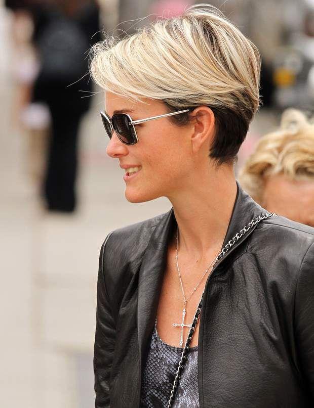 Laeticia Hallyday : l'évolution de son look en images en 2020   Belle coiffure, Modele coiffure ...
