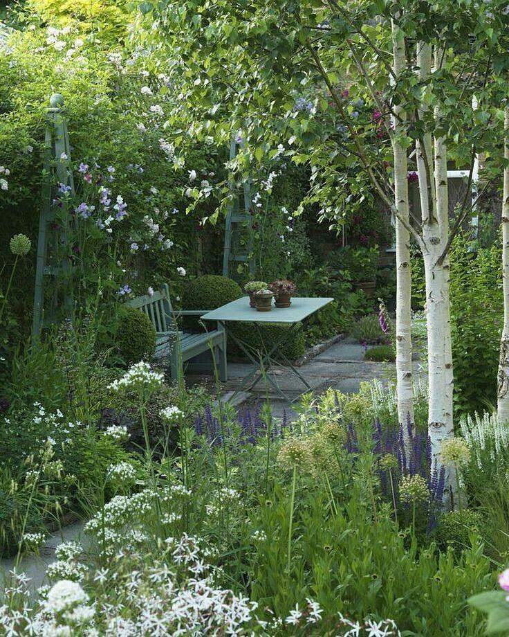 Belles choses id es jardin jardin maison et petite - Petit jardin romantique tours ...