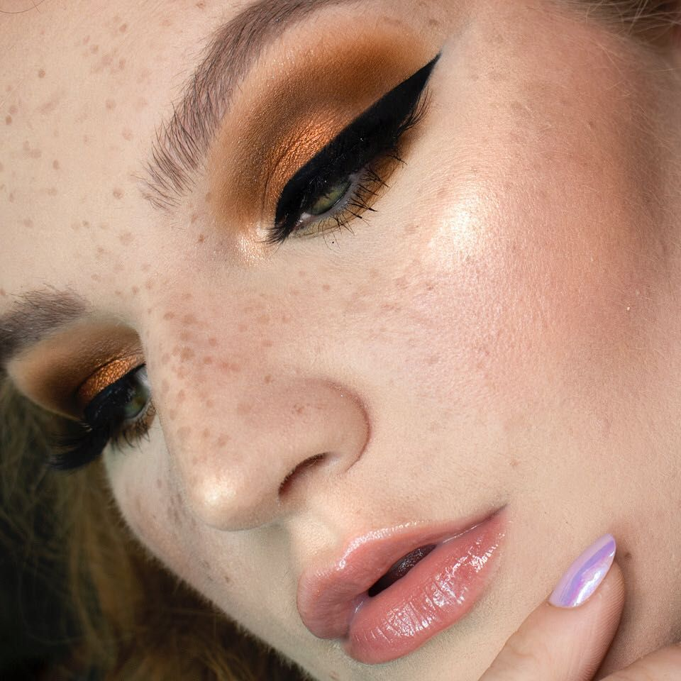 Pin by Joshuakavon on face Fake freckles, Plouise makeup