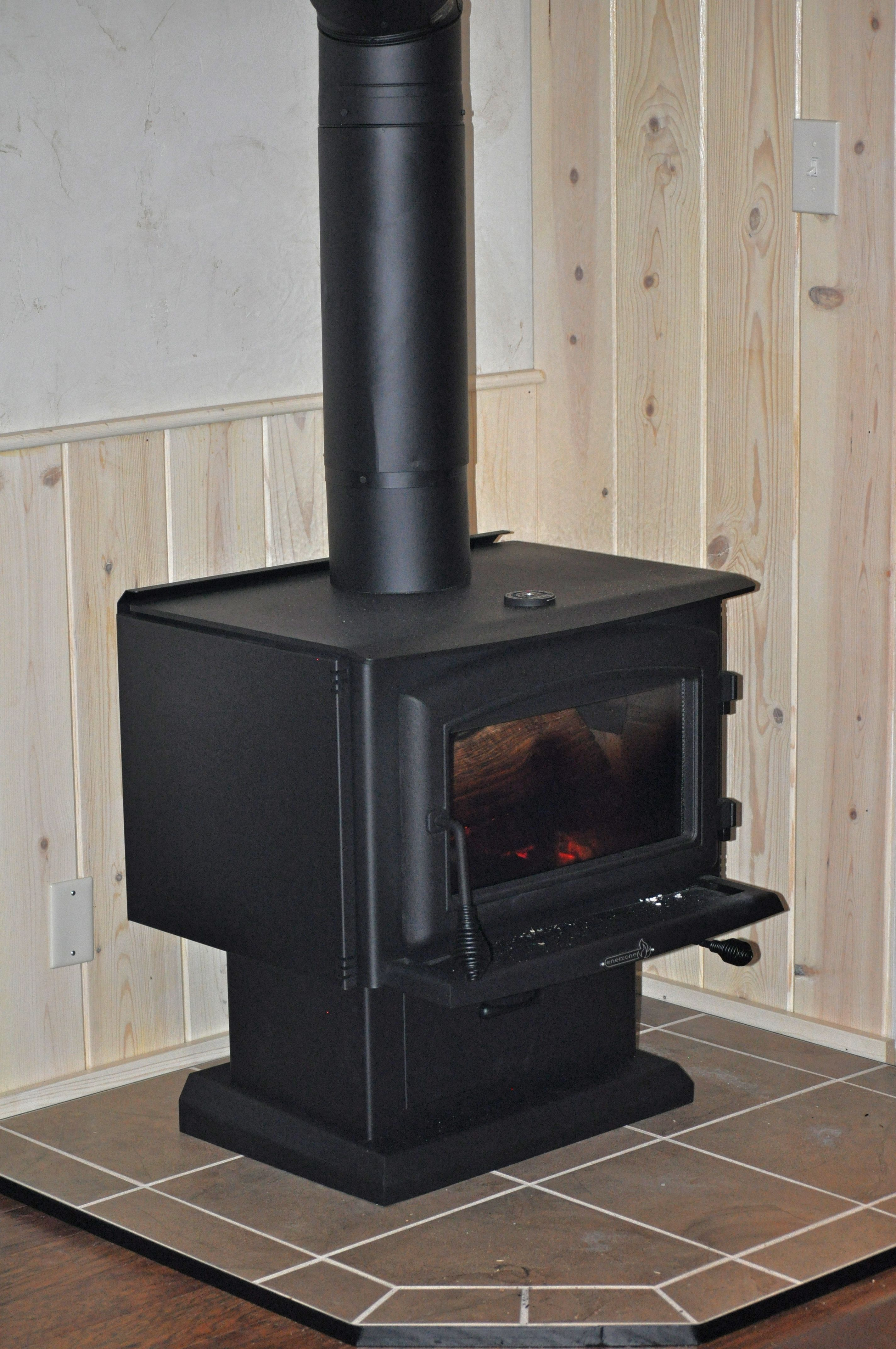 Wood Stove, perfect for heating our small house 840 SF. Enerzone ...