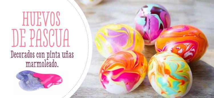 Huevos de Pascua decorados con pinta uñas marmoleado Decorar huevos - huevos decorados