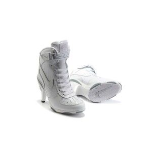 half off 01a14 3c6c2 Nike Air Force 1 Talons Hauts Chaussures Dames Blanches