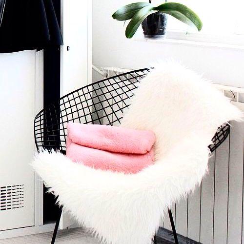 Pin en H o m e Pinterest Sillas, Sofá y Sillones - sillones para habitaciones