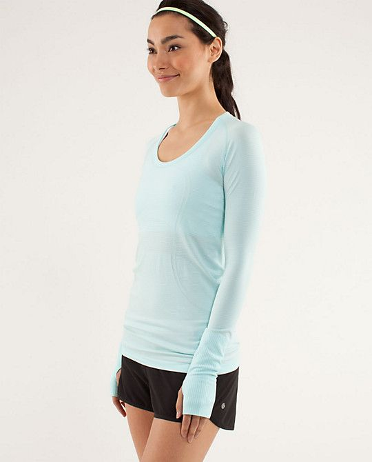 My new workout present from my husband: Lululemon RUN:Swiftly Tech LS Scoop
