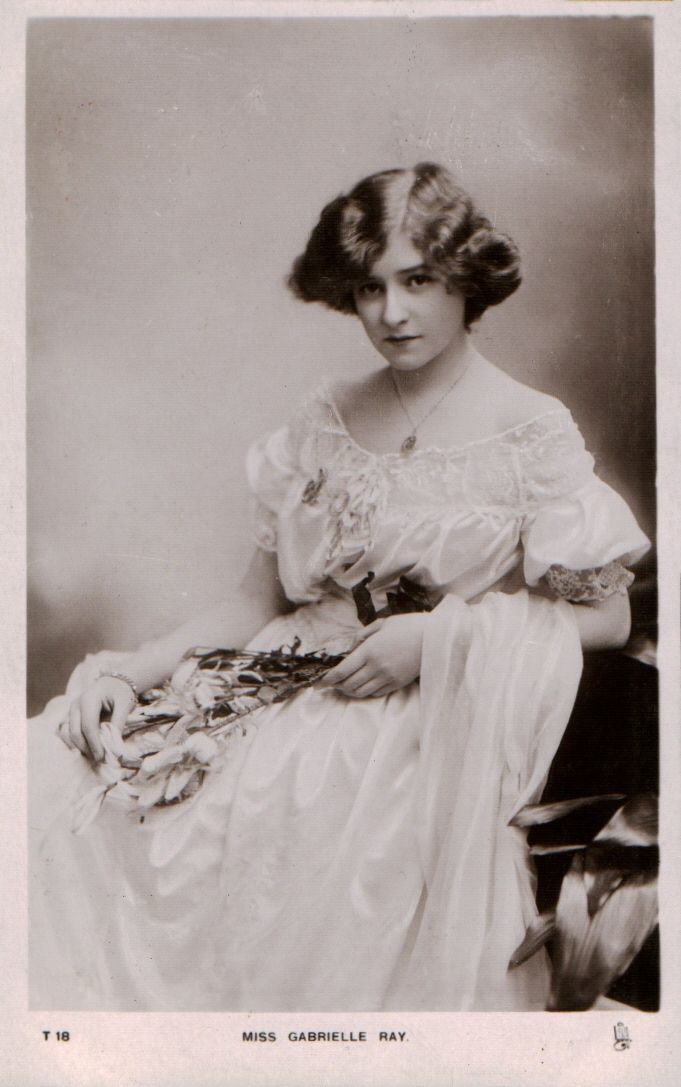 Gabrielle Ray, 1905 postcard by Tuck