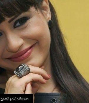 صورة منة فضالي وهي طفلة رضيعة Diamond Earrings Earrings Diamond