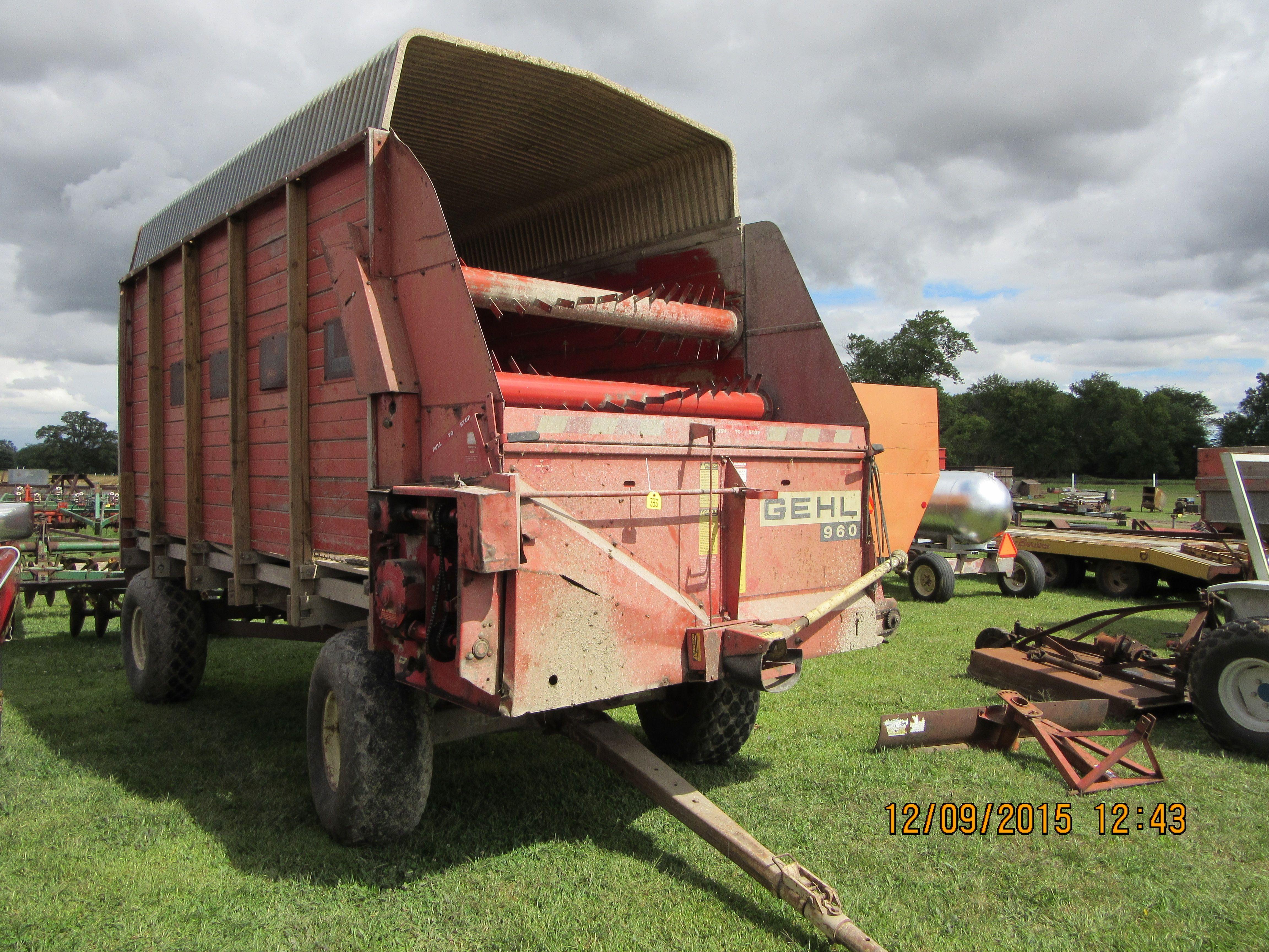 Gehl 960 forage box & wagon